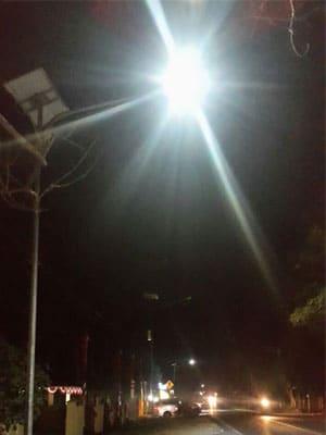 40w-solar-swan-light-in-Indonisa-(1)