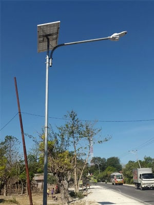 40w-solar-swan-light-in-Indonisa-(4)