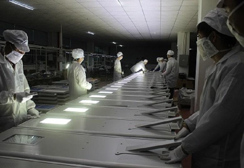 Falt series solar street light production