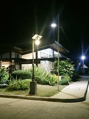 moon all in one street light-1